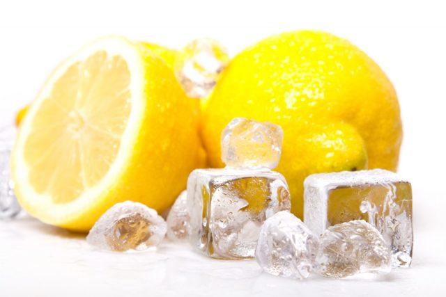 Можно ли замораживать лимон: зачем это делать в домашних условиях, сохранится ли цитрус зимой в холодильнике и цедра, если ее натереть на терке?