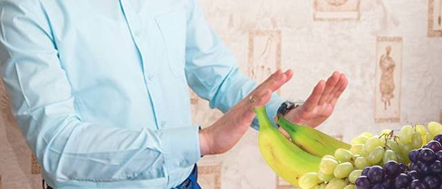 Гранат при диабете: можно ли есть фрукт, как часто допустимо кушать и пить сок из него, а также польза и вред для здоровья при употреблении при сахарной болезни