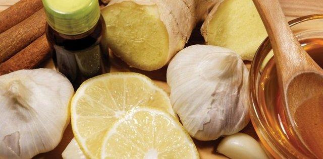 Настойка с имбирем для похудения: рецепты с лимоном, медом, чесноком и иные, а также химический состав, польза, противопоказания и другие советы