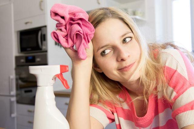 Как отстирать гранат с одежды: как и чем вывести свежие и уже засохшие пятна, в том числе с белого, а также как отмыть руки и различные поверхности?