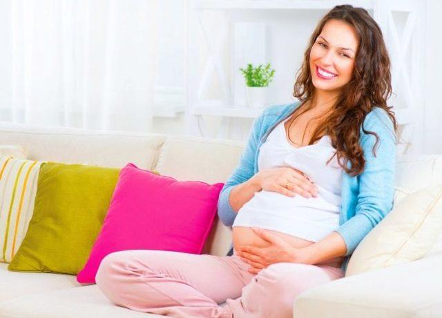 Гранат при беременности: можно ли есть с косточками или нет, чем опасен во время вынашивания плода, как кушать, а также польза и вред на ранних и поздних сроках