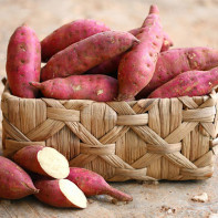 Отличия батата от картофеля: описание этих корнеплодов и их калорийности, сравнение культур, и что полезнее по химическому составу, что и когда выбрать?