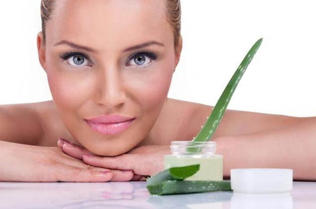 Алоэ от морщин: польза для кожи лица, рецепты масок из сока, мякоти с различными ингредиентами против возрастных изменений, а также противопоказания