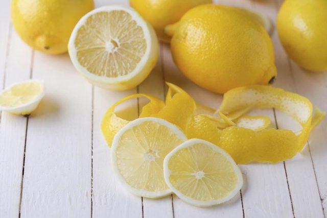 Кожура лимона: польза, лечебные свойства и вред шкурки фрукта, а также можно ли есть корку, чем её очистить, и как применять, в том числе в быту и косметологии?